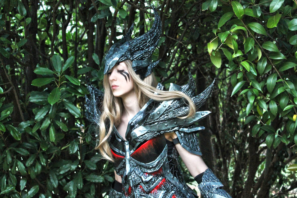 daedric_warrior_skyrim_cosplay