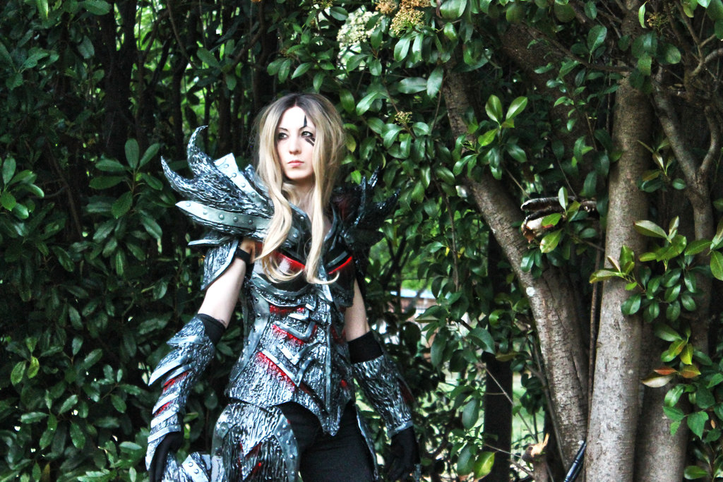 daedric_warrior_skyrim_cosplay_2
